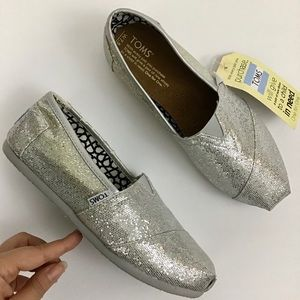 Toms Silver Glitter Classic Slip On Shoes Sz 7.5